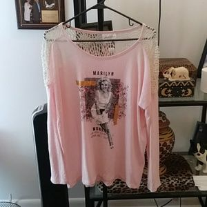 Marilyn Monroe collection beautiful top